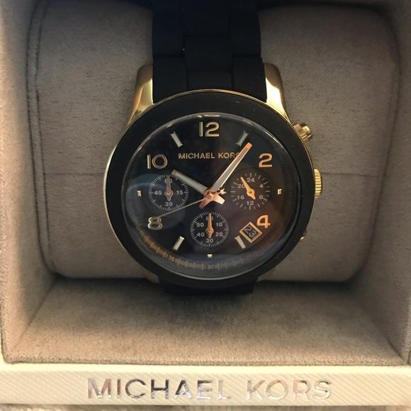 Michael Kors Accessories - Michael Kors women's watch